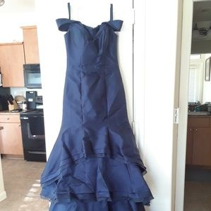 Bridesmaid/prom gown